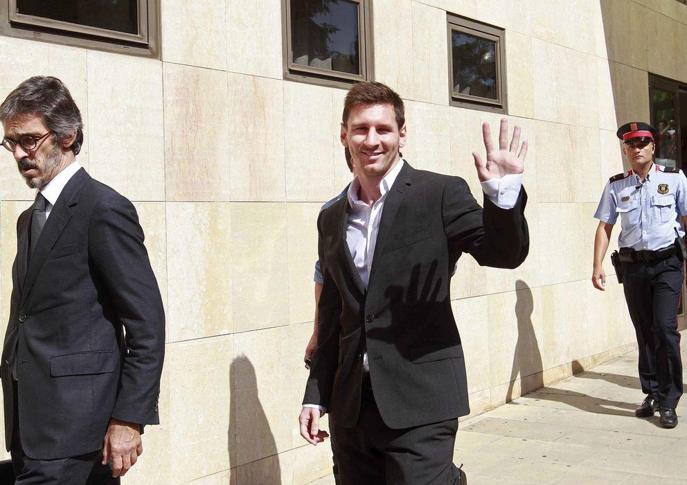 Foto: El futbolista del Barcelona, Leo Messi, tras declarar por presunto el fraude fiscal.