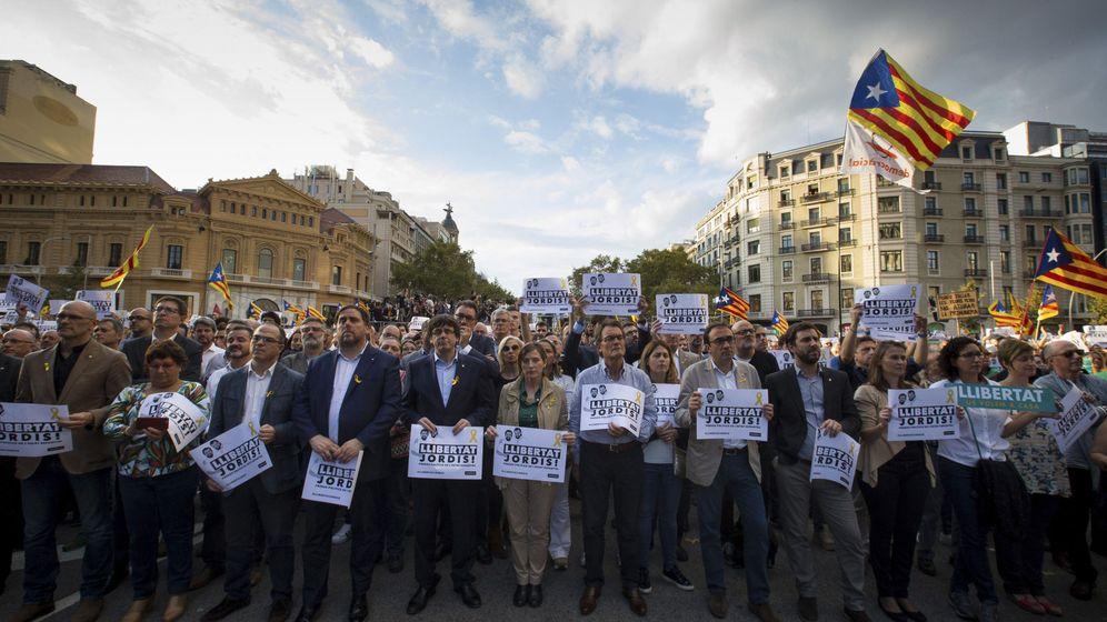Foto: Cabecera de la manifestación de ayer. (EFE)