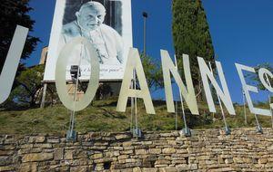 Una trama de extorsión y mancha el pueblo natal del 'Papa Bueno'