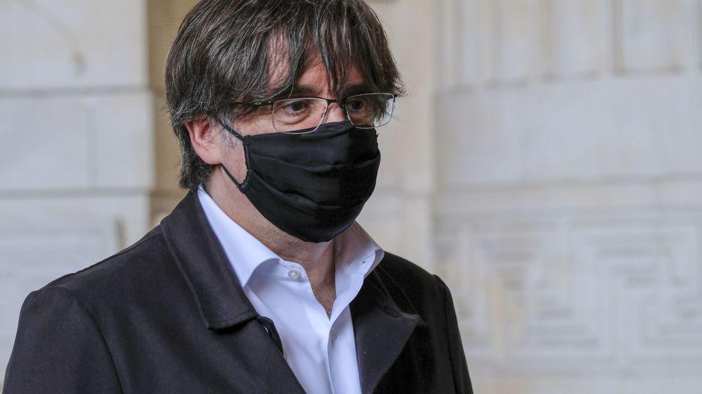 Foto: Carles Puigdemont, con mascarilla en Bruselas. (EFE)