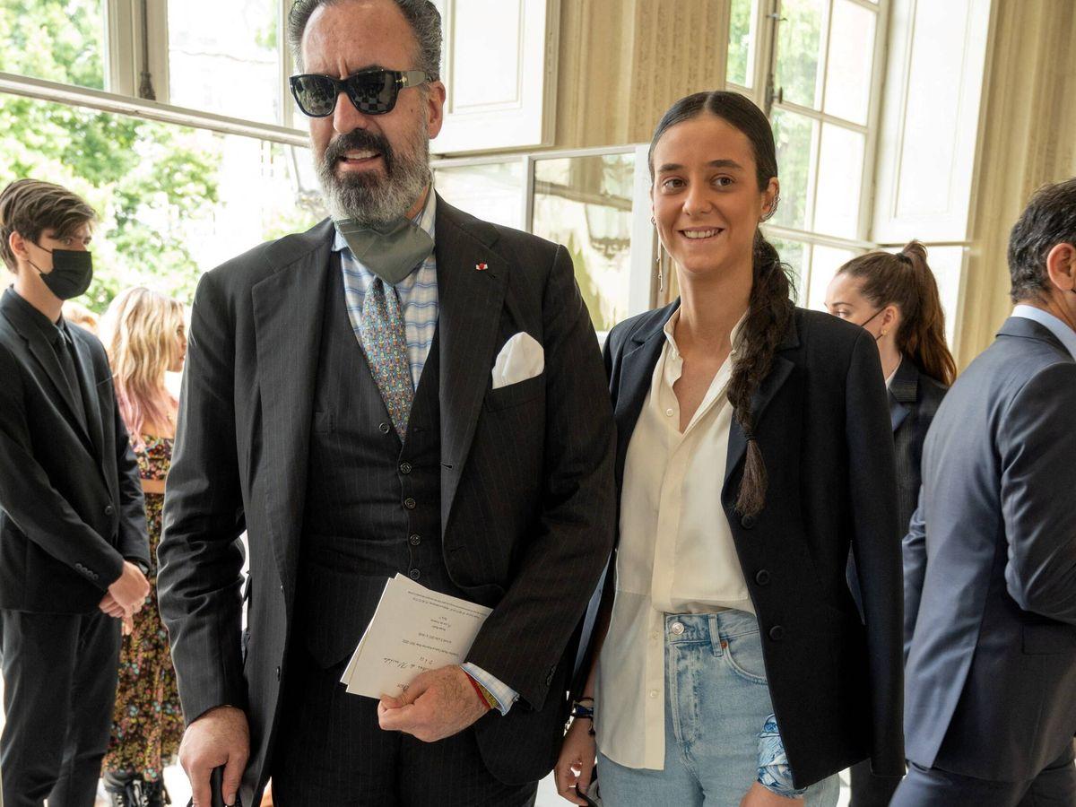 Foto: Jaime de Marichalar y Victoria Federica, en el desfile de Dior. (Gtres)