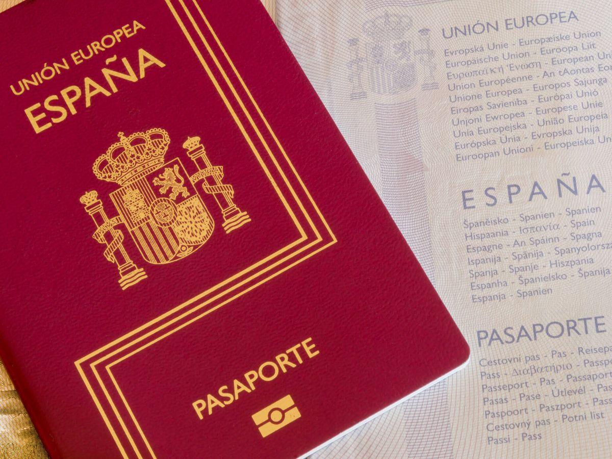 Foto: Llenar su pasaporte de sellos es el sueño de cualquier viajero (Foto:iStock)