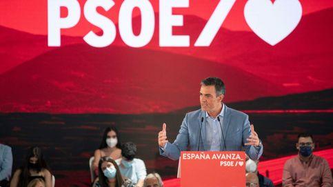 Sánchez adelanta campaña en Andalucía con ataques al presidente de la Junta