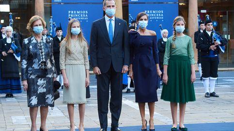 Ni estreno ni Varela: el vestido Delpozo de Letizia en los Princesa de Asturias es pura maravilla