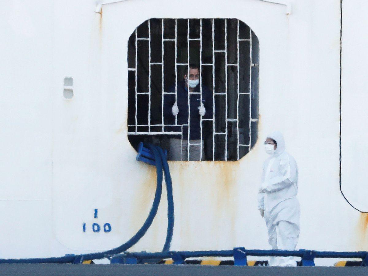 Foto: Imagen del crucero Diamond Princess durante su cuarentena. (Reuters)