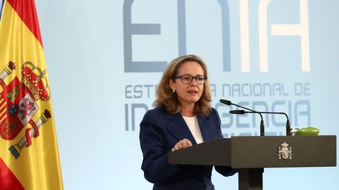 Calviño anuncia que las familias podrán pedir moratorias de hipotecas hasta abril