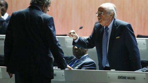 Joseph Blatter acusa a Michel Platini de ser el causante del escándalo en la FIFA