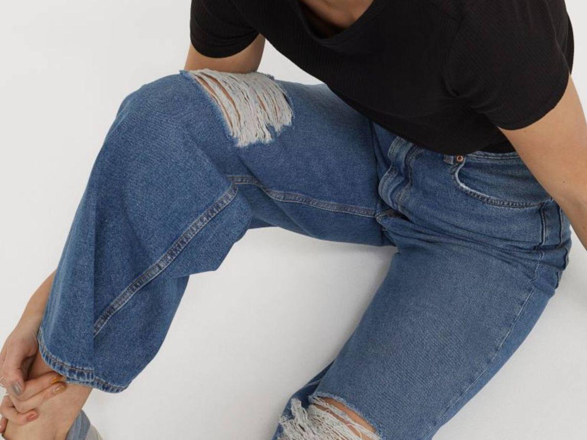Foto: El pantalón vaquero perfecto para mujeres bajitas es de HyM. (Cortesía)