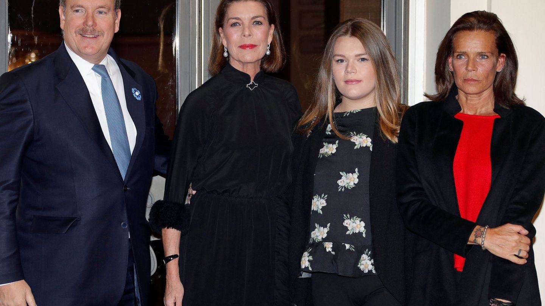 En noviembre, con su madre y sus tíos. (Reuters)