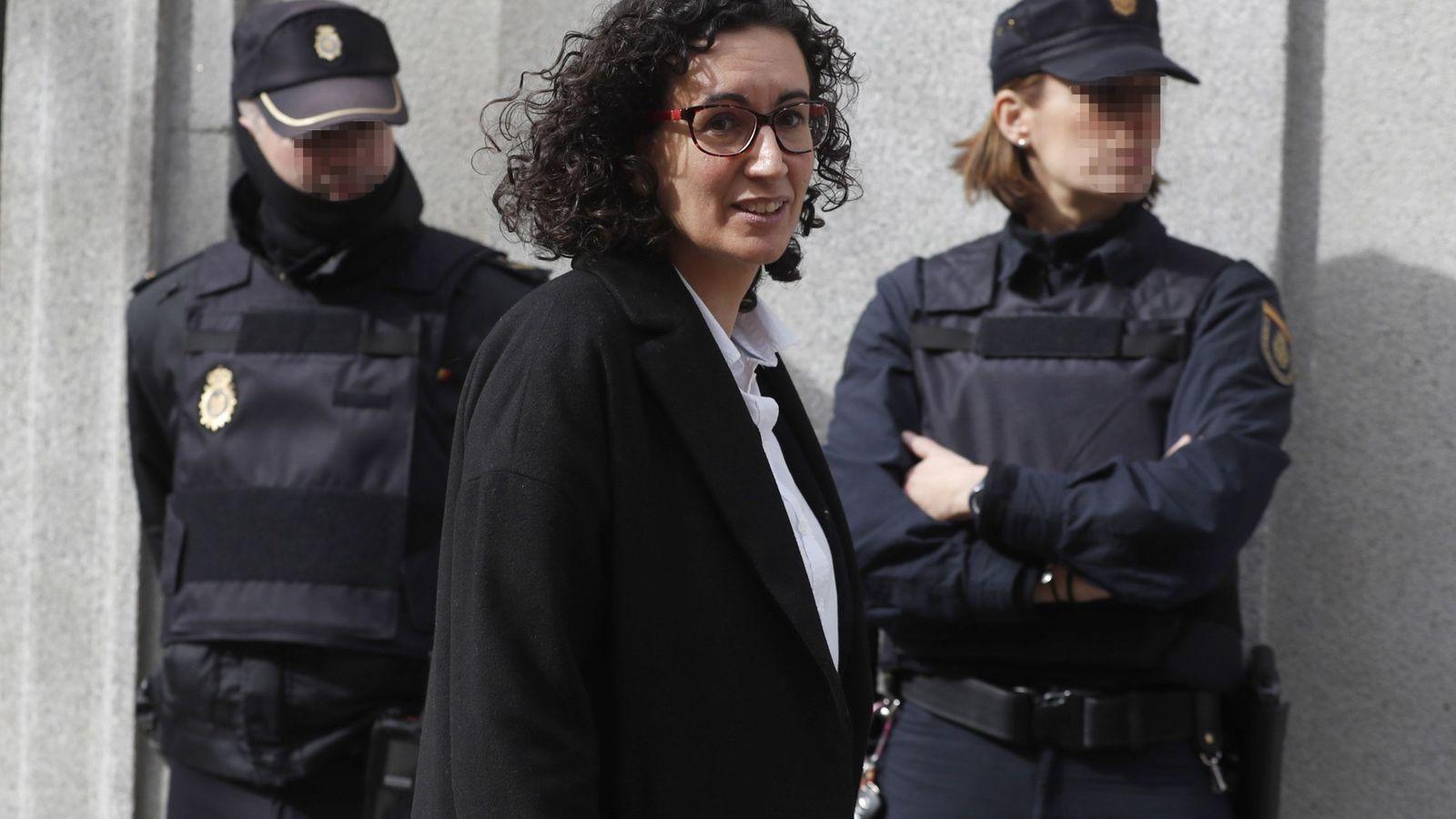 Foto: Marta Rovira, tras declarar en el Tribunal Supremo. (EFE)