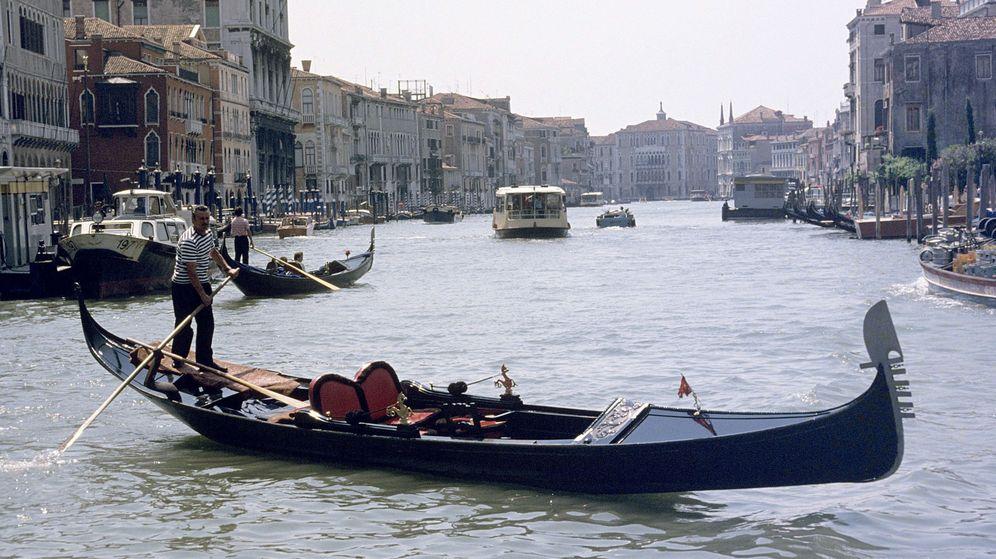 Foto: La ciudad de los canales no quiere turistas maleducados (EFE/Francisco Moreno)
