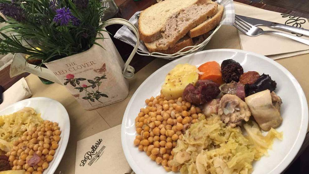 Instagram rectifica y pide disculpas por el error al borrar una foto de un cocido gallego