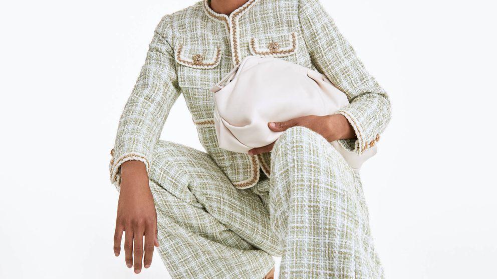 Uterqüe agota el stock de este lujoso bolso de piel en los tres colores disponibles