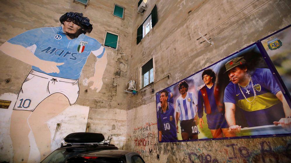 Foto: Mural de Maradona en Nápoles. (Reuters)