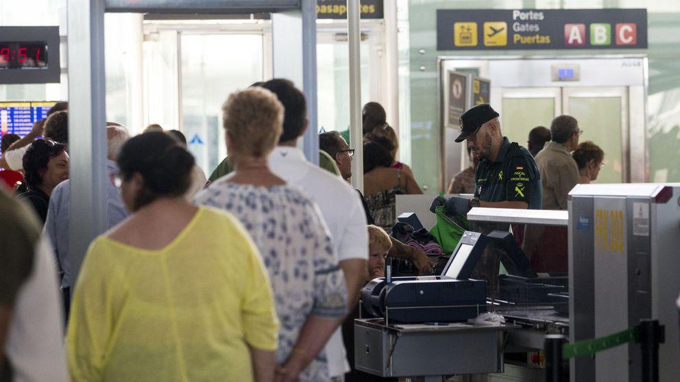 La llegada de viajeros británicos y alemanes a Cataluña cae hasta un 10%
