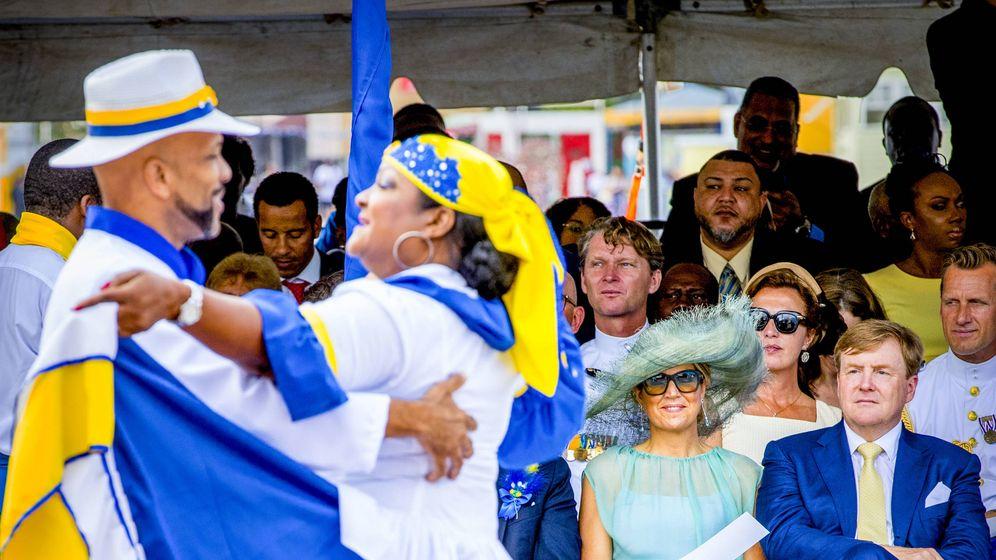 Foto: Los reyes de Holanda en Curazao. (Getty Images)