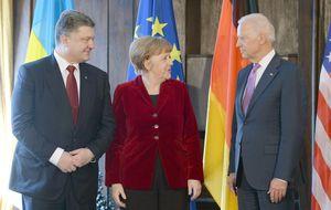 Merkel se opone a armar a Kiev como propone EEUU