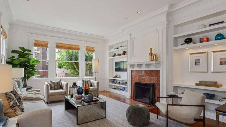 Uno de los salones de la mansión de Julia Roberts. (Realtor.com)