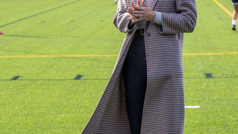 Kate Middleton, con su cada vez más rubia melena al viento. (Getty)