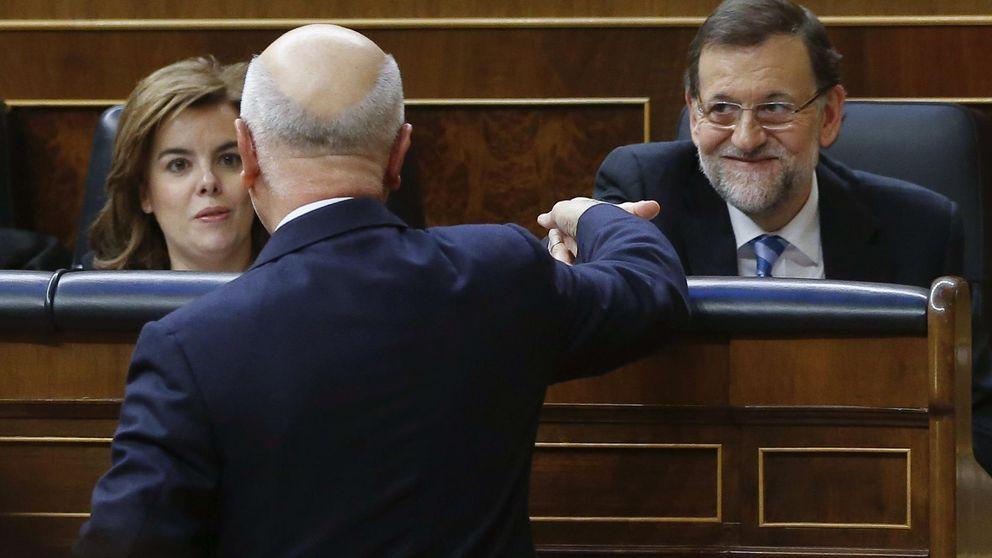 El Gobierno informará de sus planes a Garzón y Duran a través de Santamaría