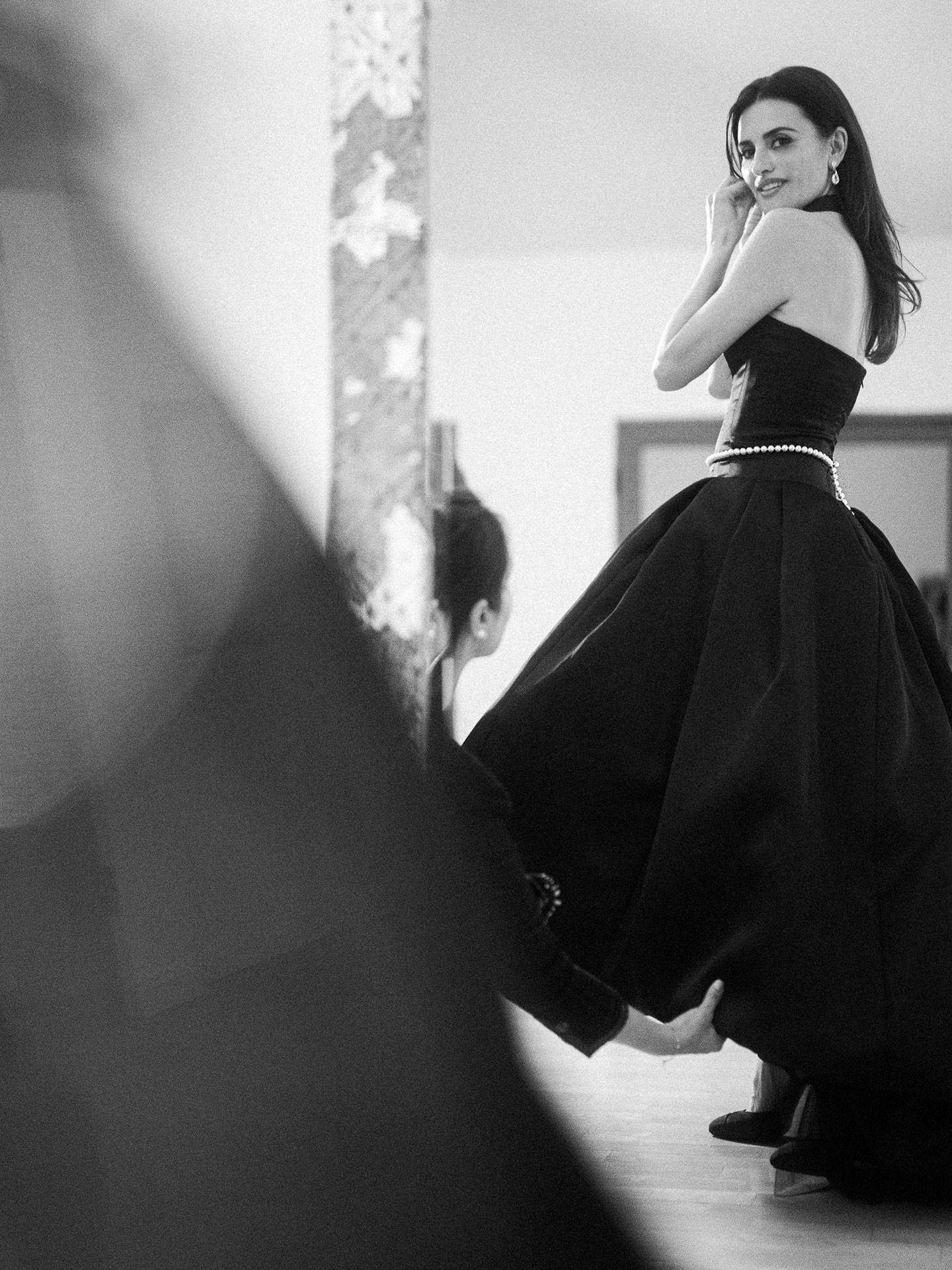 Penélope Cruz, en su casa de Los Ángeles.  (Cortesía de Chanel)