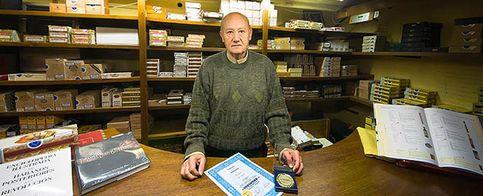 Foto: El español que inventó el filtro de los cigarros por un empleo vitalicio