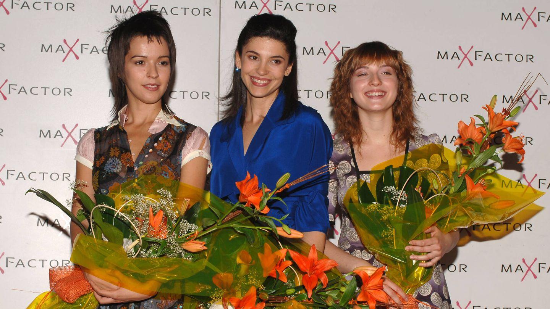 María Valverde, junto a Verónica Sánchez e Irene Visedo en 2005. (Getty)