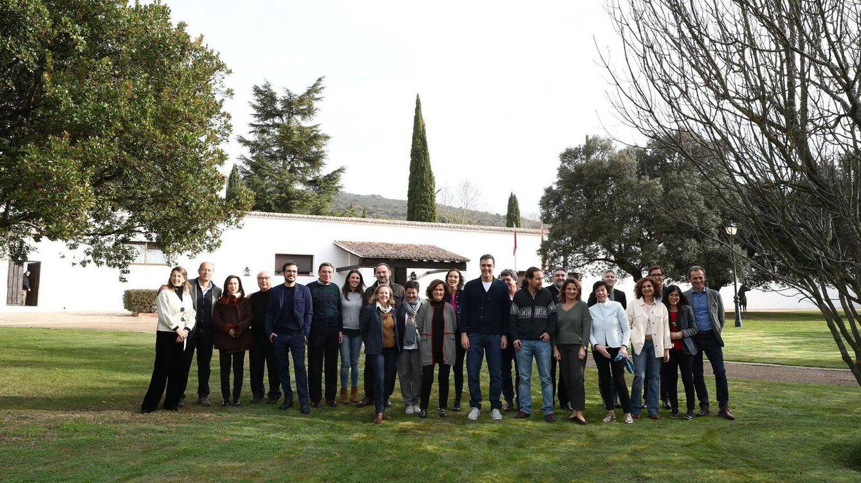 Foto: Pedro Sánchez reúne a los ministros en Quintos de Mora, este 8 de febrero. (Moncloa)