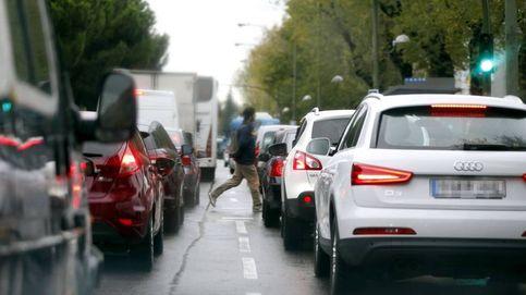 ¿Por qué se colapsa Madrid un día de lluvia... aunque caigan cuatro gotas?