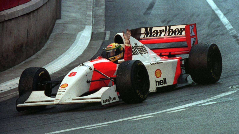 Ayrton Senna celebra su victoria en el GP de Mónaco de 1993 (Reuters)