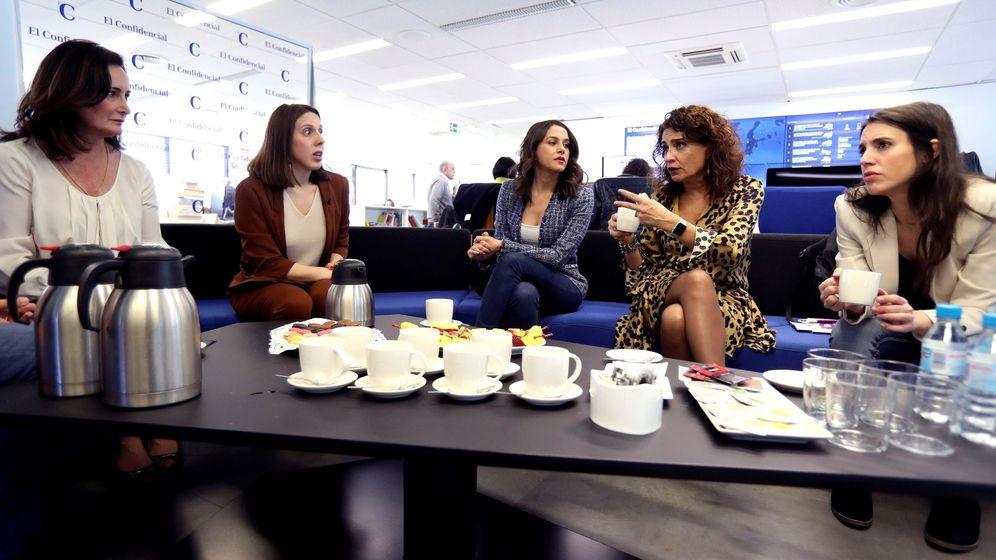 Foto: El debate de las políticas influyentes, en El Confidencial. (EFE)