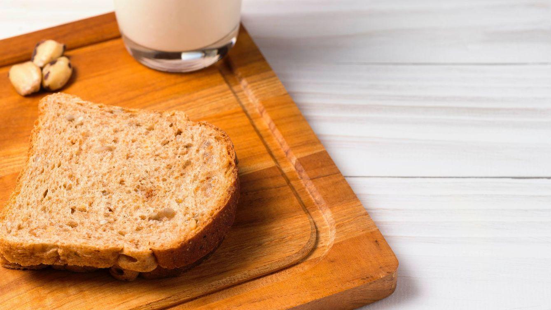 Foto: Haz tu propio pan y leche de almendras en la batidora (Foto: Pexels)