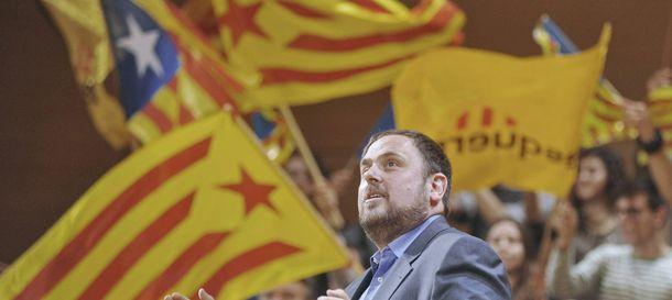 Foto: Españoles de Cataluña, ucranios de Crimea, británicos de Escocia