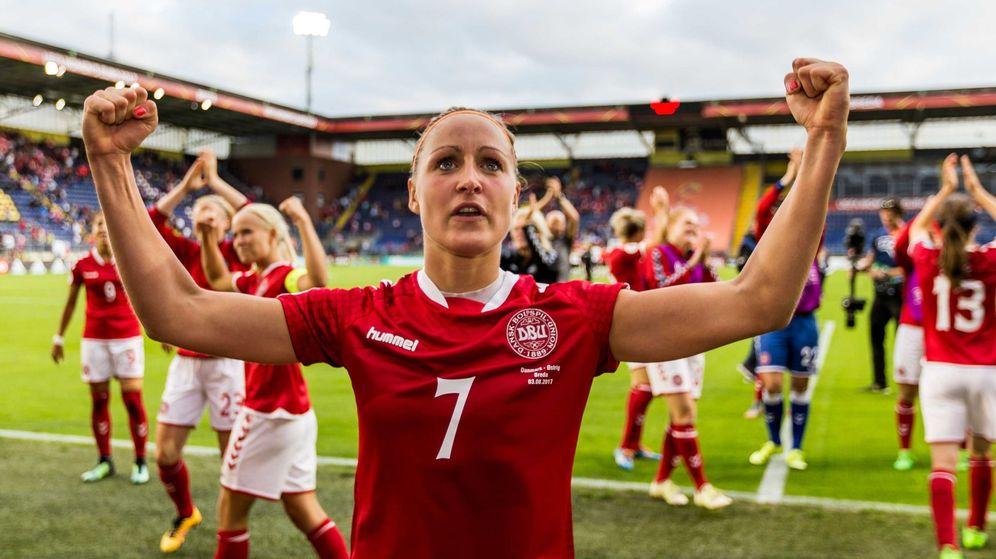 Foto: Dinamarca celebra su victoria frente a Austria en la semifinal del Campeonato Europa Femenino 2017 (EFE)