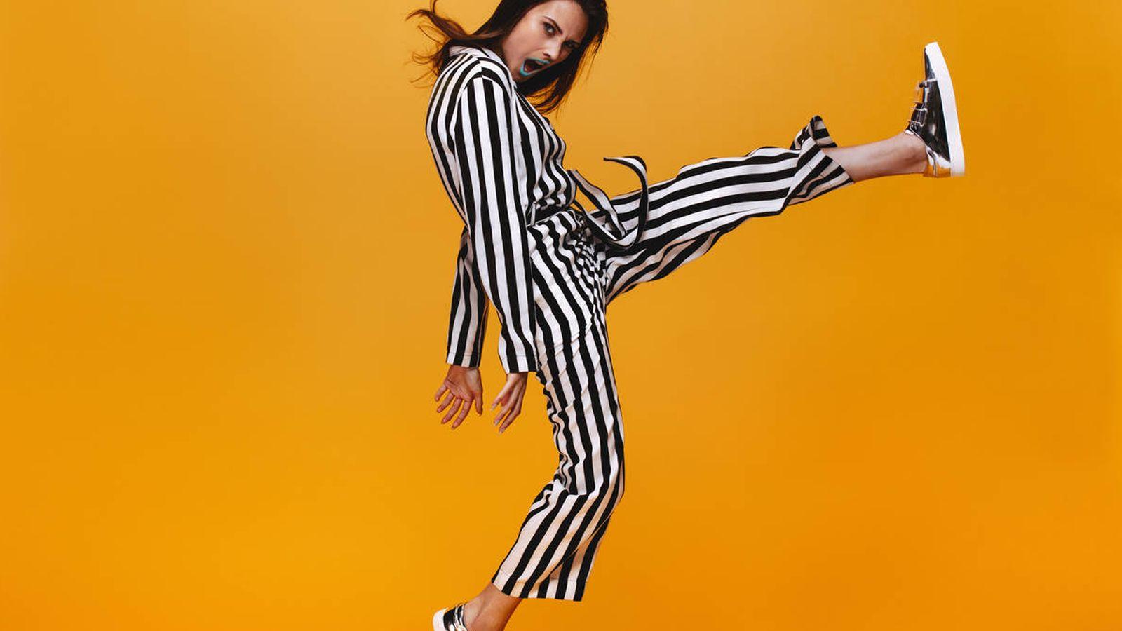 Foto: Estarás así de contenta con tu vestido de rayas. (IStock)