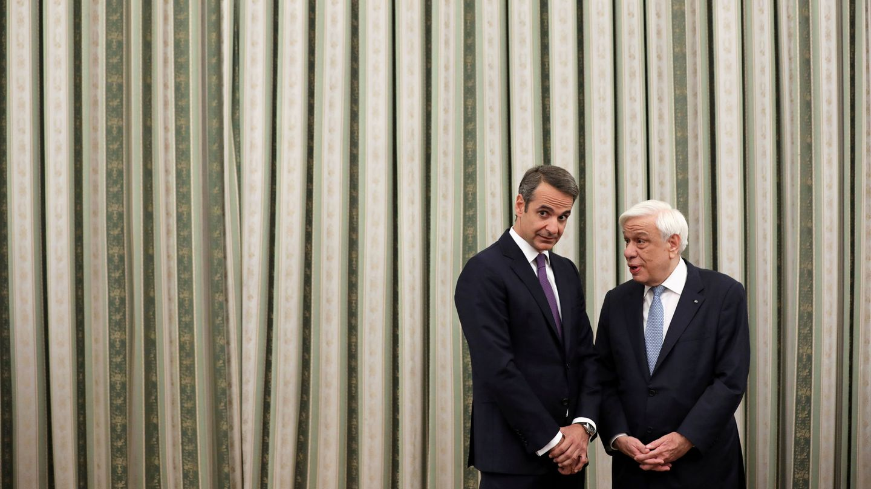 Mitsotakis antes de jurar el cargo de primer ministro. (Reuters)