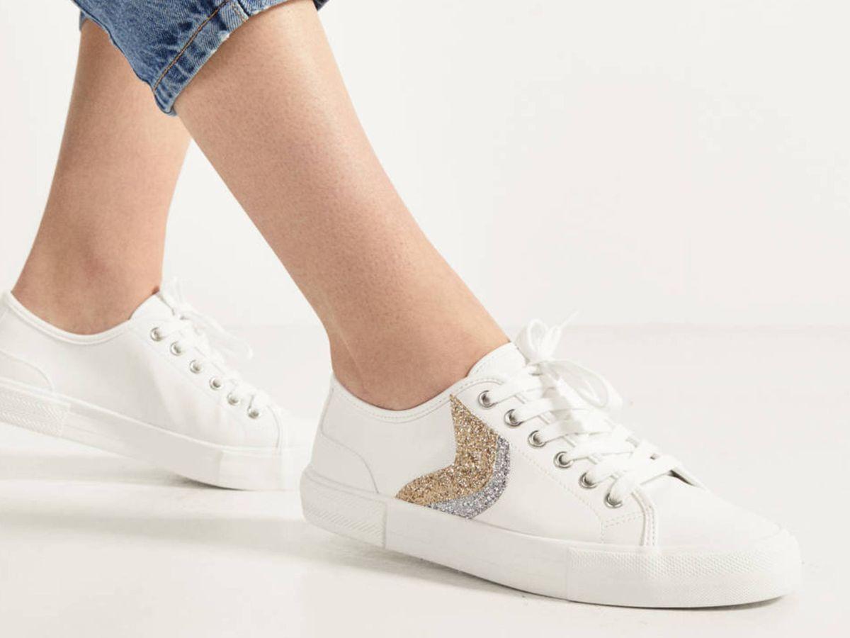 Foto: Las zapatillas deportivas de Bershka. (Cortesía)