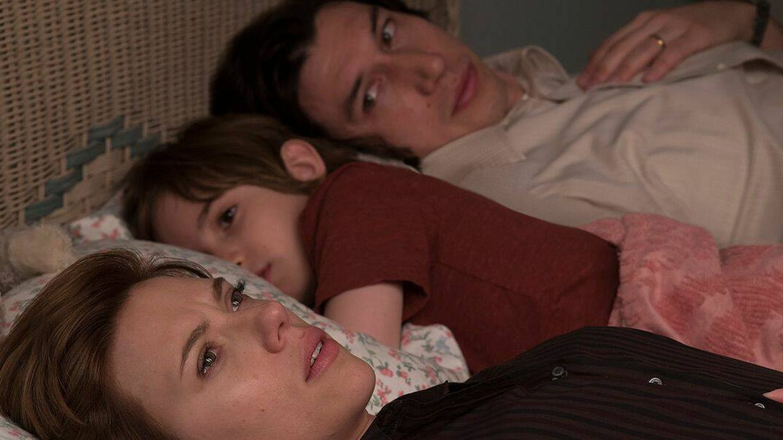 Scarlett Johansson y Adam Driver en 'Historia de un matrimonio', de Noah Baumbach.