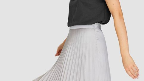 La falda midi de Stradivarius que conseguirá que seas la más elegante esta Nochebuena