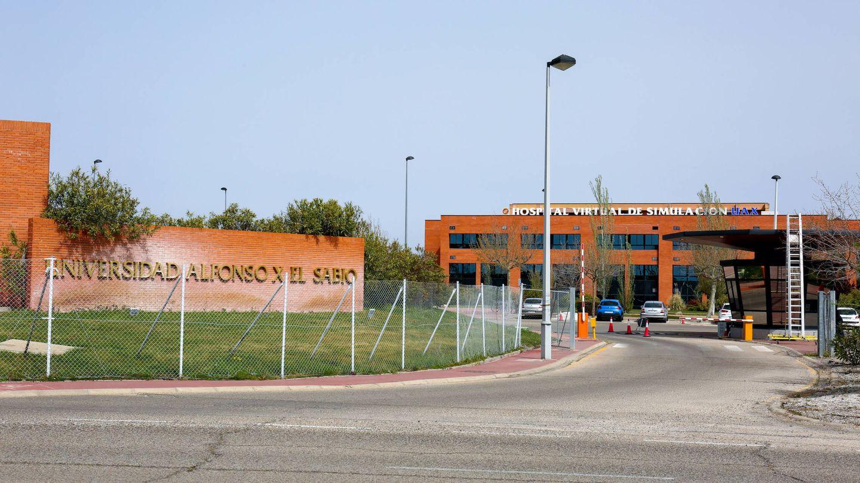 Entrada principal de la Universidad Alfonso X El Sabio. (D. B.)
