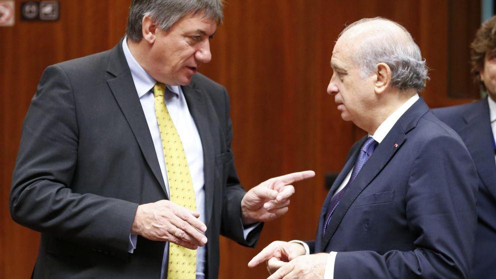 Bélgica inunda España de peticiones sobre sospechosos de los atentados de París