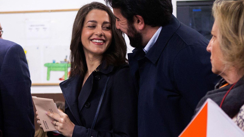 Inés Arrimadas, junto a su esposo, Xavier Cima. (EFE)