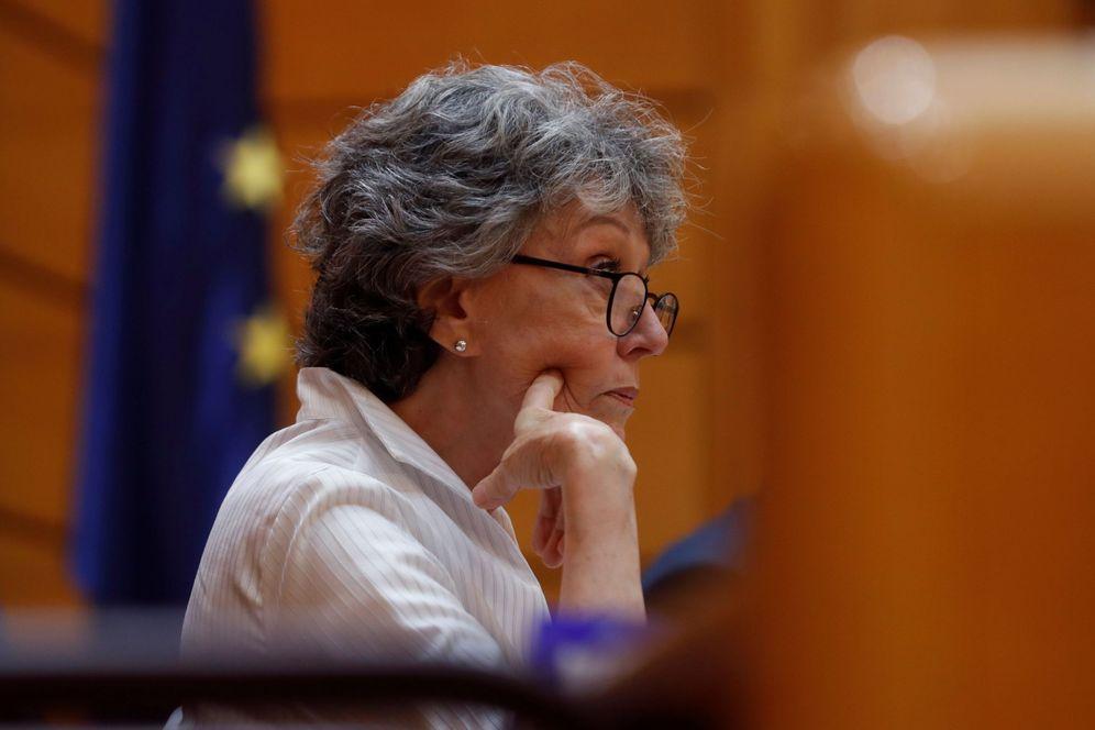 Foto: La administradora provisional única de RTVE, Rosa María Mateo, este 26 de junio en la Comisión Mixta, reunida en el Senado. (EFE)
