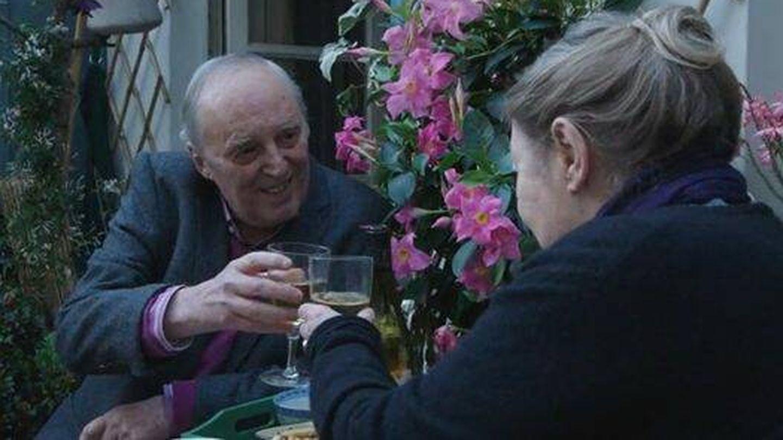 Dario Argento y Françoise Lebrun en 'Vortex'. (Filmin)