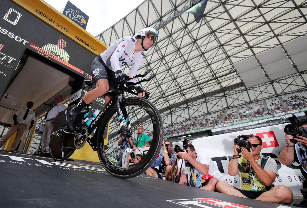 Foto: Mikel Landa, iniciando la penúltima etapa del Tour de Francia. (Reuters)
