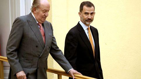 Los dos reyes se reencuentran en la Pascua Militar con Cataluña de fondo