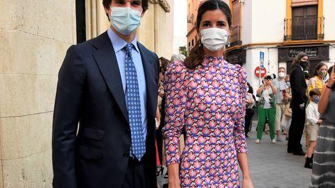 Belén Corsini arrasa en Sevilla con su estilismo en la aparición tras su boda