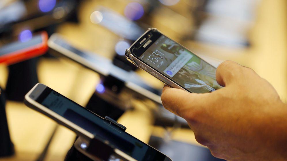 Foto: Samsung, Apple, Motorola, OnePlus... Los grandes nombres de la telefonía se mantienen en 2015. (Reuters)