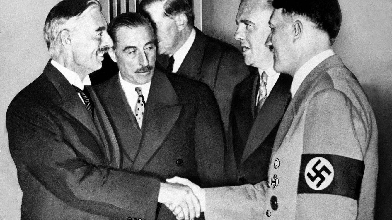 Gusanos fáciles de aplastar: así Hitler humilló a Chamberlain en Múnich 1939