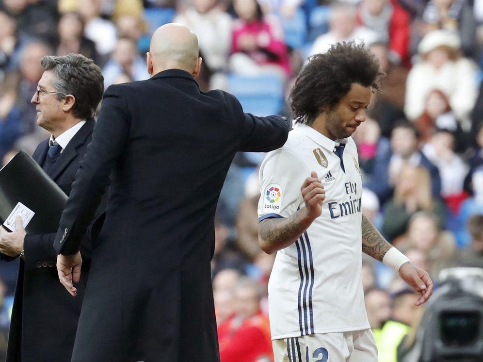 Foto: Marcelo cayó lesionado en el transcurso del partido Real Madrid-Málaga (EFE)